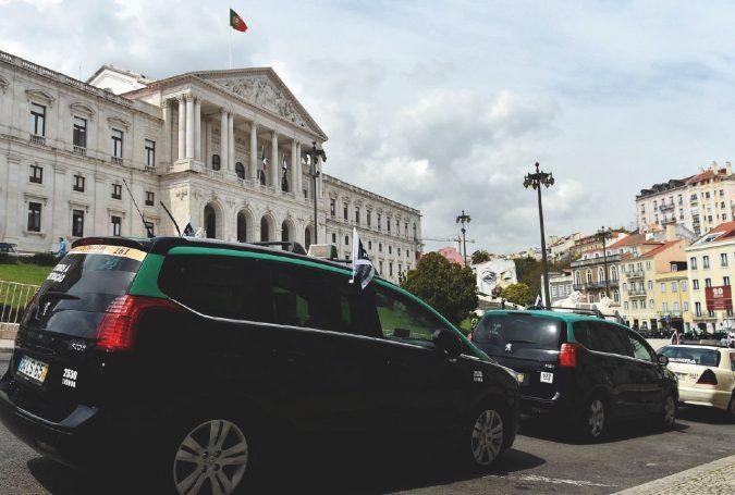 Digitale, sconti e lotterie: così Lisbona ha ridotto l'evasione