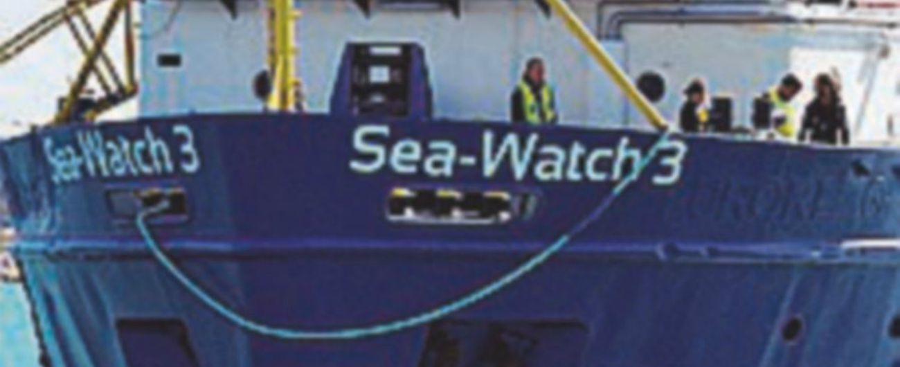 Sea Watch, ricorso a Strasburgo: 'Italia consenta sbarco'. Ue: 'Stati siano solidali' Salvini: 'Ci pensino Olanda e Germania'