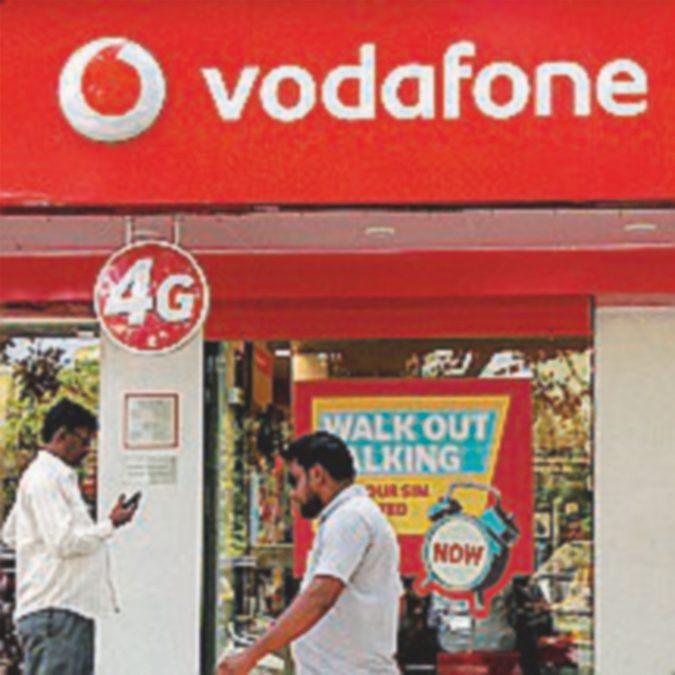 """Esuberi Vodafone, """"Noi, dipendenti dei negozi, siamo stati discriminati"""""""
