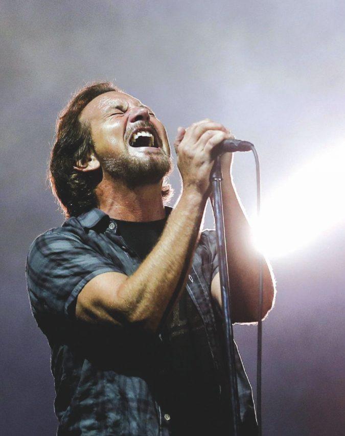 Eddie Vedder, l'ultimo sopravvissuto ai demoni