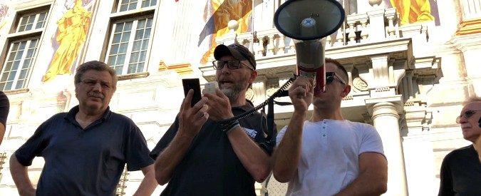 Genova, le proteste dei portuali sulle armi dirette in Yemen hanno fatto centro. Giù il cappello!