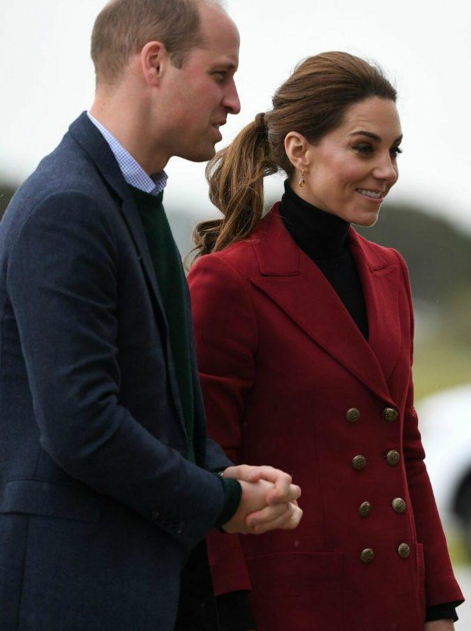 William e Kate, incidente a Londra. Una moto della scorta reale investe una donna: è in gravi condizioni