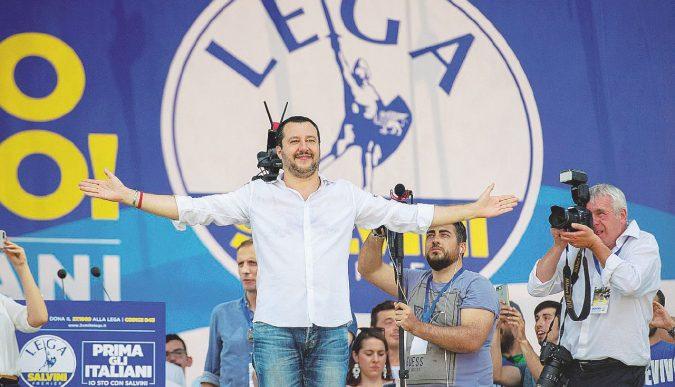 """Addio Nord, il Carroccio si chiama """"Lega Salvini"""""""
