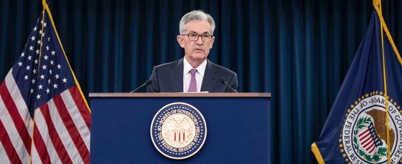 """Usa, la Federal Reserve tiene fermi i tassi d'interessi: """"Aumentano le incertezze"""". Ma apre a un possibile taglio in futuro"""