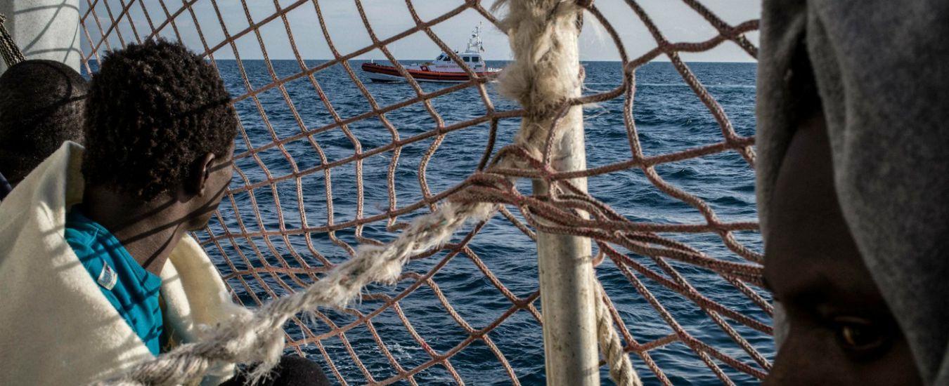 """Sea Watch 3, da 8 giorni in mare con 43 persone a bordo. Unhcr: """"Europa li faccia scendere. Libia non ha porti sicuri"""""""