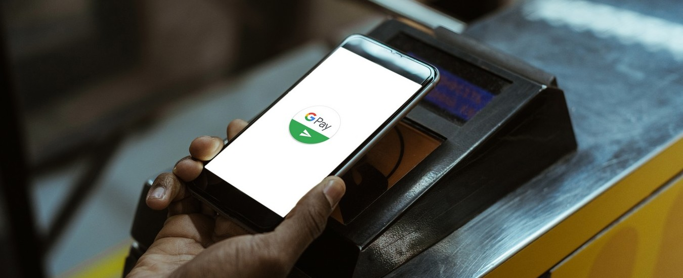 Google Pay e PayPal alleate per lo shopping online