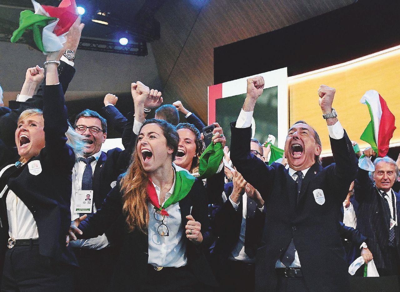 In Edicola sul Fatto Quotidiano del 25 Giugno: Olimpiadi: Milano e Cortina vincono ma incognita sui costi
