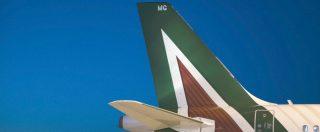 """Alitalia, """"740 esuberi, ridimensionamento di Linate e Fiumicino e nuovo dialogo con AirFrance"""": la bozza del piano di Ferrovie"""