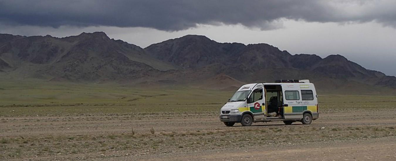 Mongol Rally, dall'Italia alla Siberia per la gara più pazza (e buona) del mondo