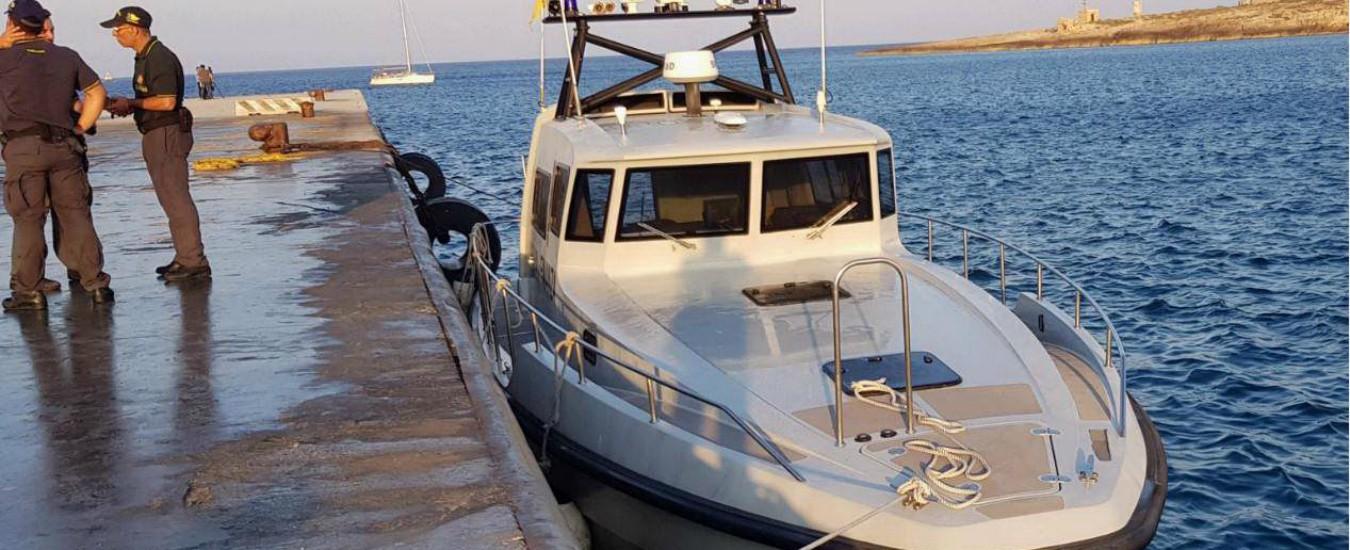 """Sea Watch, la manovra raccontata dai finanzieri: """"Poteva schiacciarci. Voleva attraccare a tutti i costi, non speronare"""""""