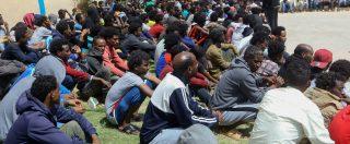 """Libia, Associated Press: """"Migranti morti in hangar pieni di vermi e spazzatura"""". Onu: """"Non possiamo accedere a parte centro"""""""