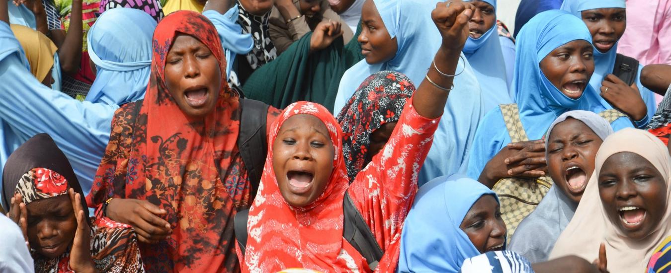 Niger, i 'naufraghi' non vogliono ridursi a rottami. E parlano sottovoce di rivoluzione