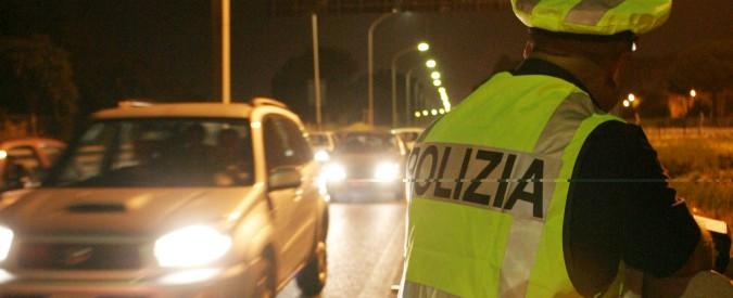 Piacenza, due ragazzi di 20 e 22 anni travolti da un'auto fuori da una discoteca. La trentenne alla guida era ubriaca