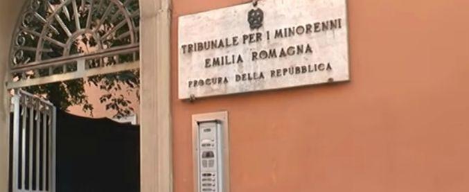 """Affidi illeciti Emilia, magistrati per i minori: """"Non si screditino operatori"""". Forum Famiglie: """"Serietà di tanti"""""""