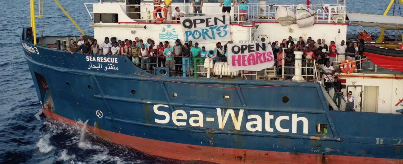 """Migranti, Sea Watch: """"Andremo avanti coi salvataggi"""". Media tedeschi: """"Germania accoglierà una dozzina di persone"""""""
