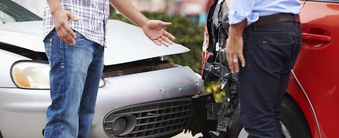 """Incidenti stradali, un automobilista su due non lascia i propri dati. """"E' inutile"""""""
