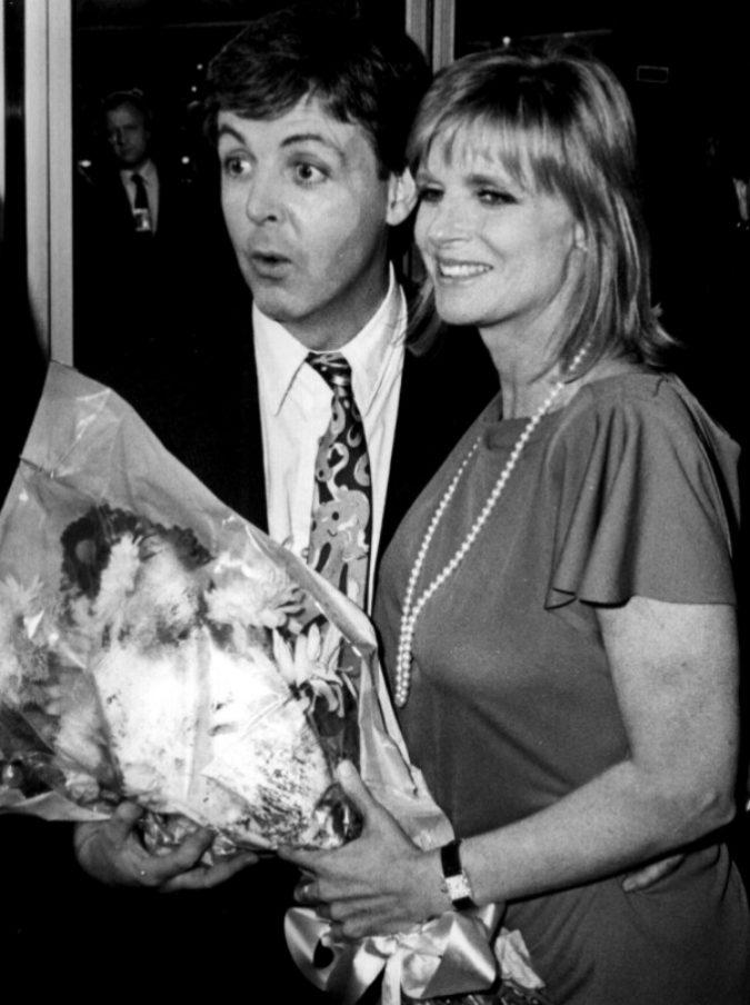"""Paul McCartney: """"Quando ho perso Linda ho pianto per un anno intero. Quando perdi la donna che ami è l'unica cosa da fare"""""""