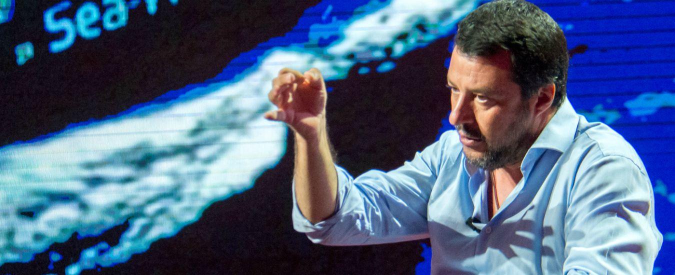 """Sea Watch, i legali di Carola Rackete querelano Salvini per diffamazione. Il ministro dell'Interno: """"Non mi fa paura"""""""