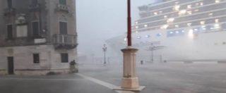"""Venezia, nave da crociera sbanda e rischia di finire sulla banchina dopo San Marco. Autorità Portuale: """"Verifica sui permessi"""""""