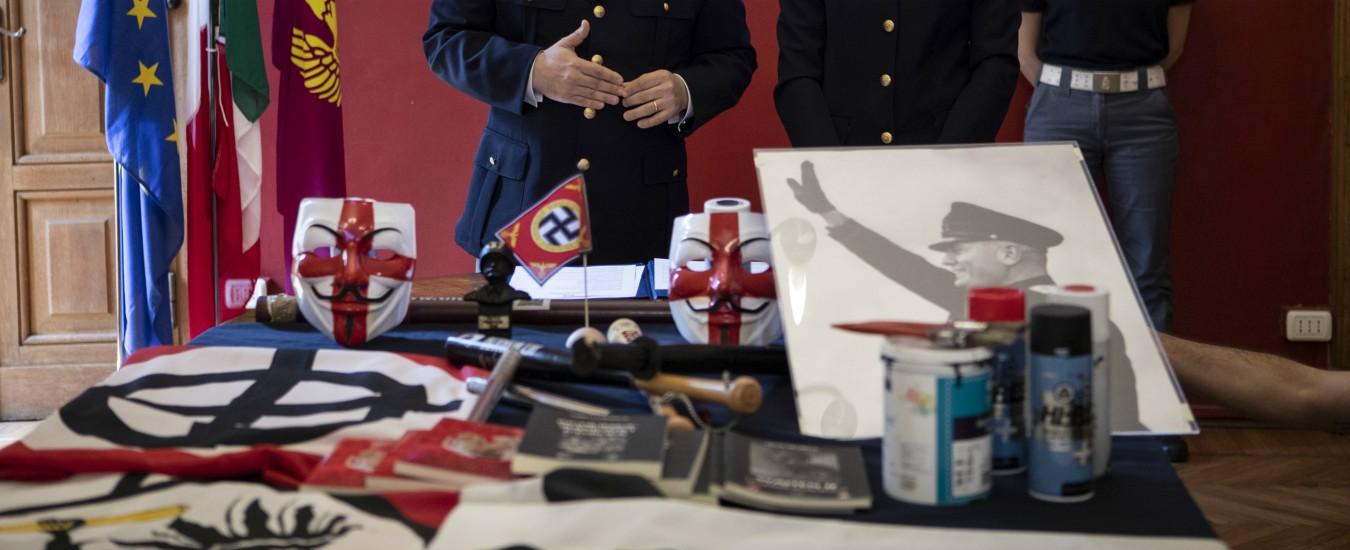 Torino, blitz della polizia contro l'estrema destra: arrestato il leader di Legio Subalpina e perquisiti altri militanti