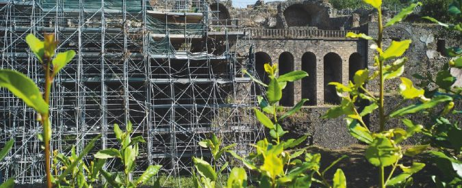 Cartoline da Pompei: benvenuti in Italia