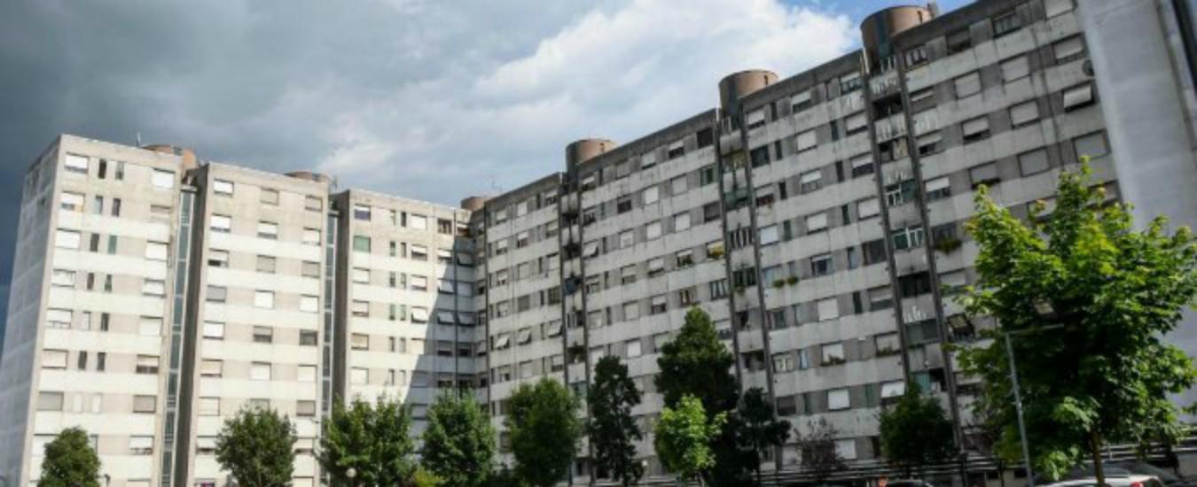 """Roma, disabile cade dalle scale in """"residence"""" pagato dal Comune. """"Ci sono tre ascensori, sono tutti rotti"""""""