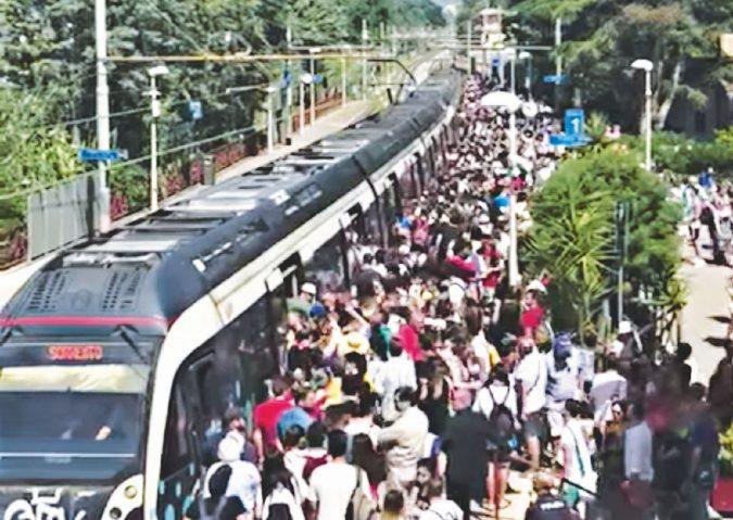 Pompei 2019, odissea nel trenino: il Metrostar 206