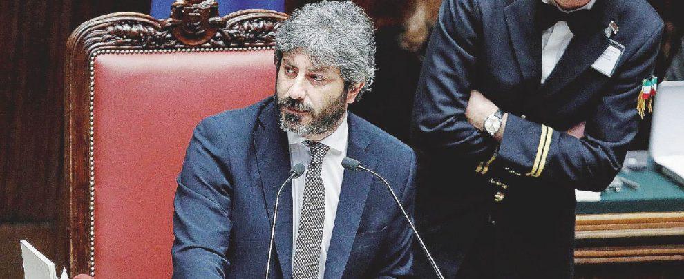 """""""Deve distrarre dai suoi guai…"""": Fico smaschera Salvini"""