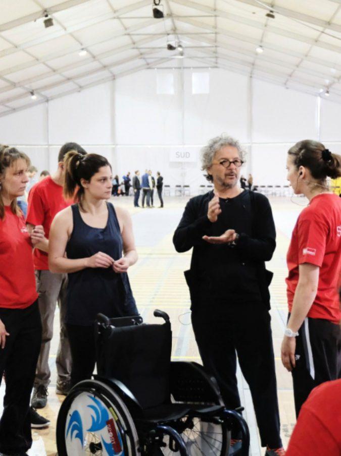 """Il regista Daniele Finzi Pasca si racconta. Dalle cerimonie olimpiche al Cirque du Soleil fino alla""""Fête des Vignerons"""" con migliaia di volontari"""