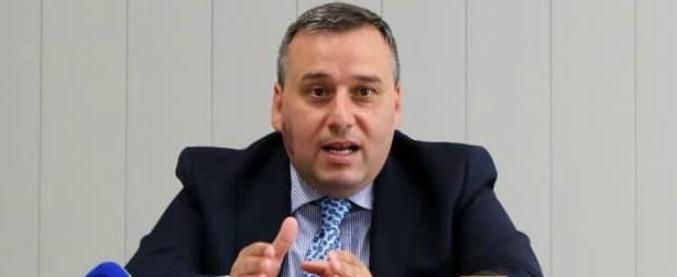 Campania, l'inversione di Luigi Barone: ex segretario di De Girolamo, poi consigliere di De Luca, ora al fianco di Mastella