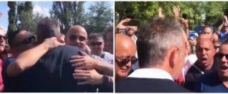 Sinisa Mihajlovic, l'abbraccio dei tifosi al mister del Bologna è da brividi: il saluto dopo la conferenza
