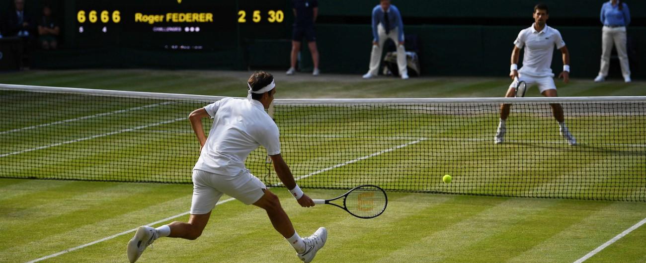 Wimbledon, vince Djokovic per la quinta volta. Federer cede dopo quasi 5 ore nella finale più lunga della storia