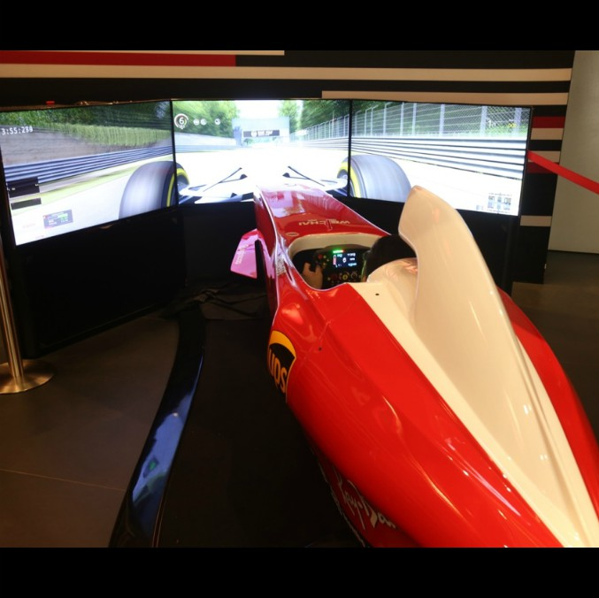 Ferrari, un torneo virtuale per aspiranti piloti