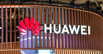 """5G, Huawei esclusa dalle forniture del servizio in Uk: """"Questione di sicurezza"""". Azienda: """"Un errore"""". Usa: """"Sono una minaccia"""""""