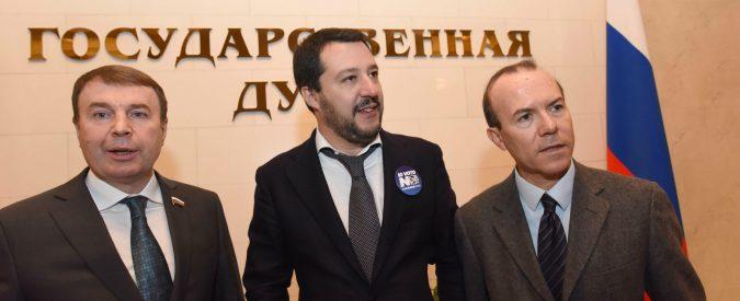 Fondi russi alla Lega, ai tempi si lanciavano monetine. Perché oggi nessuno si indigna?