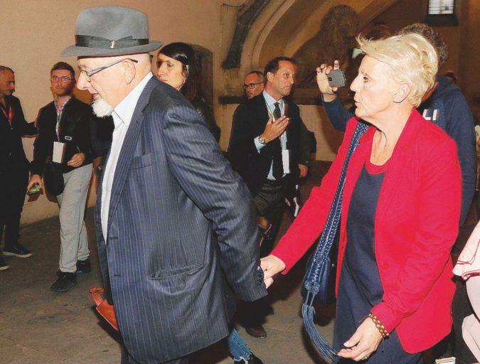 """""""Non dissi no a Tiziano Renzi per sudditanza psicologica"""""""