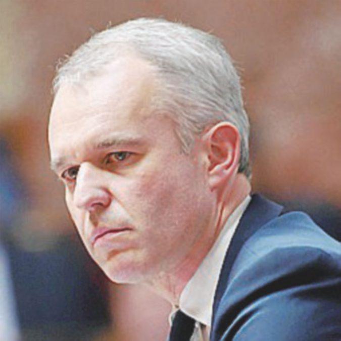 Aragosta letale, il ministro De Rugy si dimette