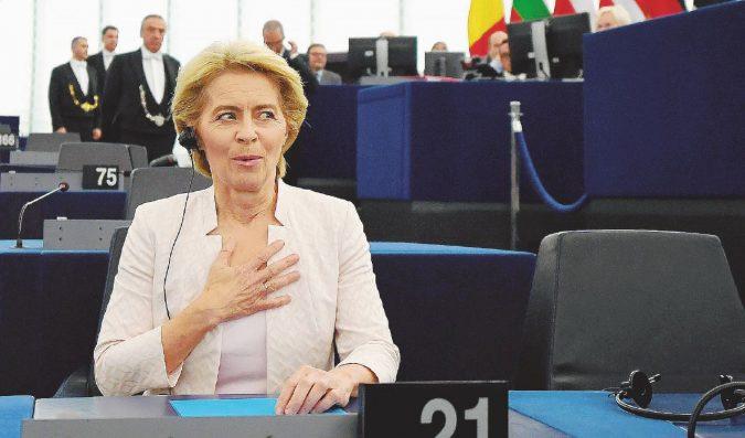 Von der Leyen per un soffio: 80 voti in meno, decisivi  i 5S