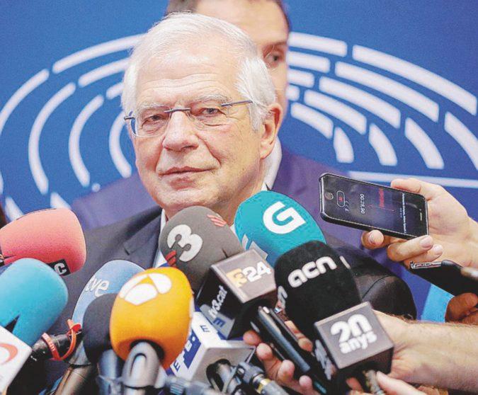 """Madrid-Catalogna, faida anche a Bruxelles: Borrell """"spia"""" il nemico e rischia la nomina"""