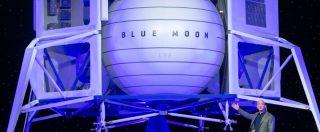 Luna, viaggi turistici e colonie destinate alle industrie? I visionari Elon Musk e Jeff Bezos si sfidano per la conquista