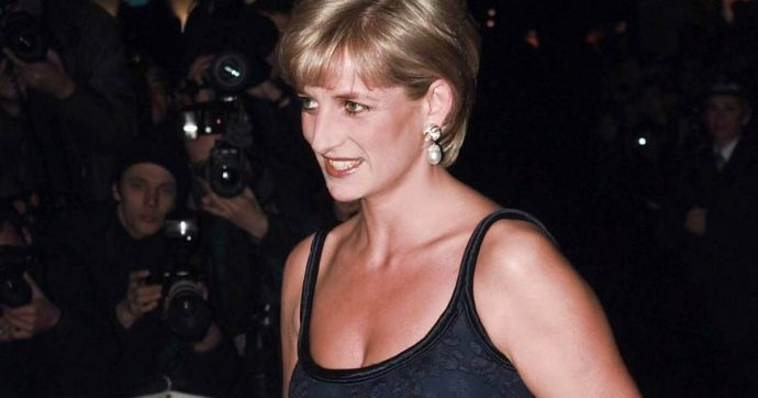"""Lady Diana ha tentato il suicidio quattro volte"": la rivelazione in un nuovo documentario che ""farà infuriare William e Harry"""