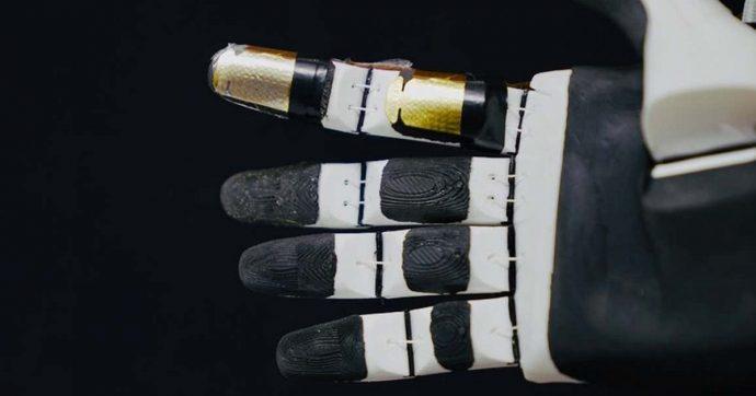 Creata una pelle artificiale con un senso del tatto 1000 volte più veloce dei nervi umani