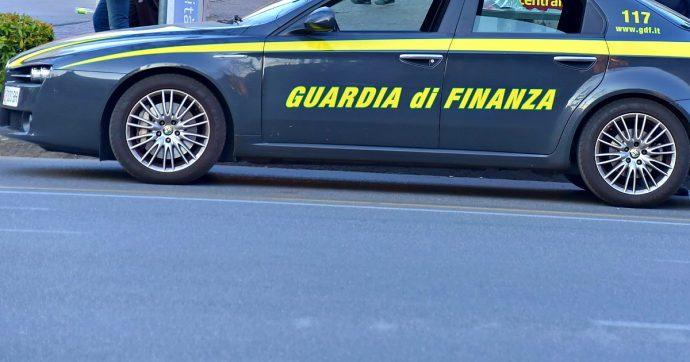 Evasione fiscale, arrestato gestore centri di accoglienza per migranti in Toscana