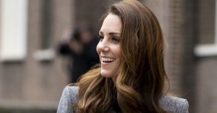 Kate Middleton come Meghan Markle, via due assistenti in un mese: le dimissioni della sua segretaria personale stupiscono la Corte