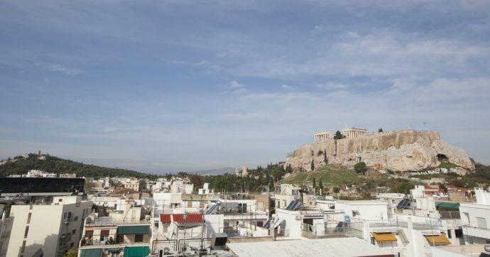 Terremoto Atene, magnitudo 5.3: gente in strada, segnalati blackout