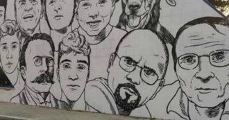 Ostia, su murale antimafia assenti Falcone e Borsellino. Il M5S si arrabbia, ma poi sparisce il volto di Federica Angeli
