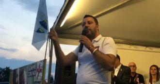 """Migranti, Salvini contro Carola Rackete: """"Mi denunciano tutti. Persino la zecca tedesca"""""""