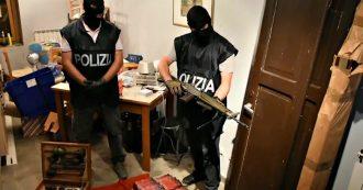 Torino, nuovo sequestro dopo il missile e l'arsenale: trovate altre armi con materiale di estrema destra