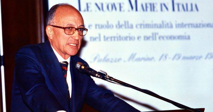 """Francesco Saverio Borrelli, addio al capo del pool Mani Pulite. Poi la battaglia contro le leggi-vergogna di Berlusconi: """"Resistere"""""""