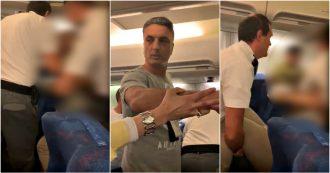 """Caos sull'aereo diretto a Il Cairo: cittadino egiziano trascinato via tra le urla dei passeggeri. La compagnia """"Ha sputato sul personale"""""""
